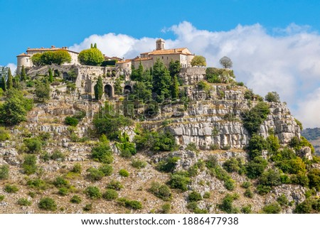 Close up view of the picturesque, medieval, hilltop village of Gourdon, France, high on a mountain in the Alps Maritimes commune in the Provence region of Southern France. Photo stock ©