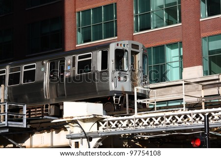 Close view of the EL overhead commuter train in Chicago