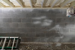 closed cell spray foam insulation in basement crawl space