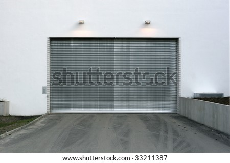 closed Garage Doorway