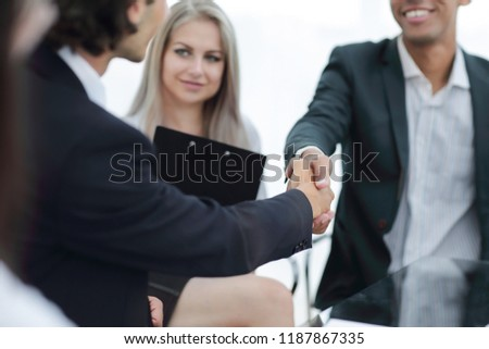 closeup.handshake of business partners.the concept of cooperation