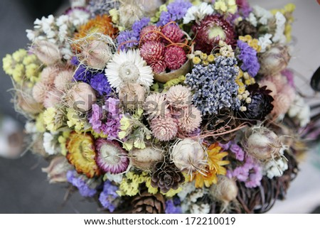 Closeup of a beautiful bouquet of dried flowers (floral vintage decoration)