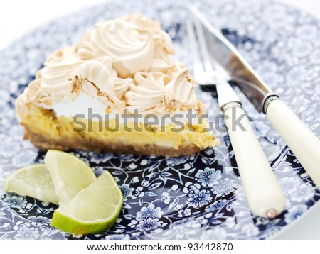 Closeup of a lemon lime pie, dessert with a lime slice