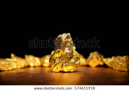 closeup of big gold nugget...