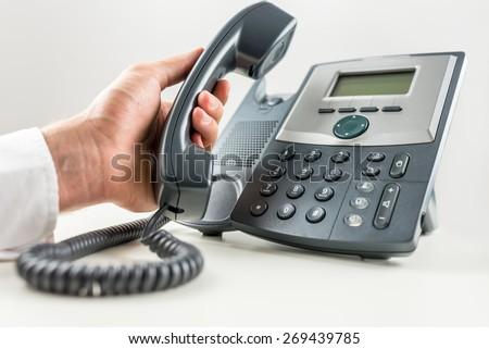 how to get free landline phone service