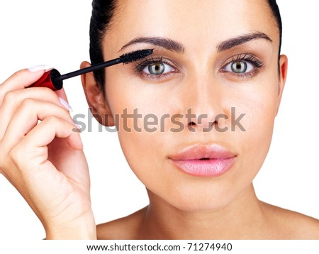Lifestyle - Pagina 3 Stock-photo-closeup-portrait-of-a-gorgeous-young-female-applying-mascara-to-her-eyes-71274940