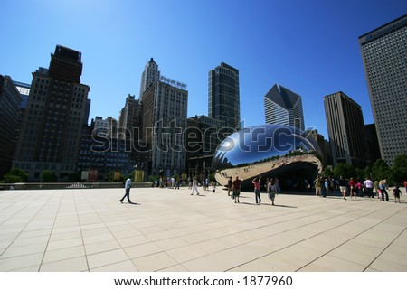 "Cloud Gate (aka ""The Bean"") in Chicago's Millennium Park.  Editorial only.  (3257)"