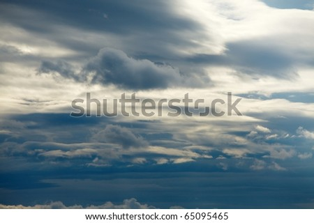 Clouds in the overcast sky