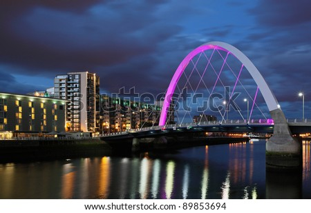 Clyde arc bridge at night