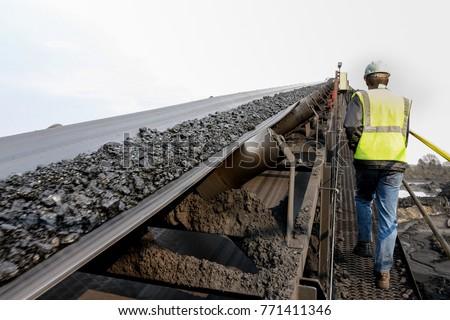 Coal Mining and processing equipment. Washing and sorting raw coal. Grading coal ore. Processing plant.