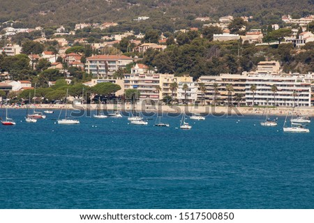 Coastline with hotel facilities at the Bale de Bandol, Bay of Bandol, Alpes-Maritimes, Cote d'Azur, Southern France, France, Europe #1517500850