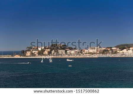 Coastline with hotel facilities at the Bale de Bandol, Bay of Bandol, Alpes-Maritimes, Cote d'Azur, Southern France, France, Europe #1517500862
