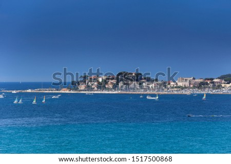 Coastline with hotel facilities at the Bale de Bandol, Bay of Bandol, Alpes-Maritimes, Cote d'Azur, Southern France, France, Europe #1517500868