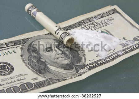 cocaine on dollar bills