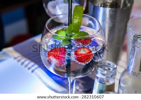 stock-photo-cocktail-with-strawberries-282310607.jpg