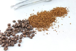 Coffebeans and Instant Coffee from the Nature