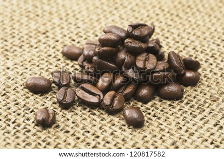 Coffee beans on hemp cloth