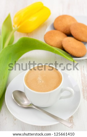coffee with flower and cookies