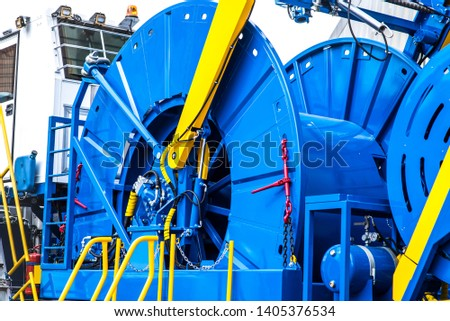 coiled tubing machine to work in the oil fields #1405376534