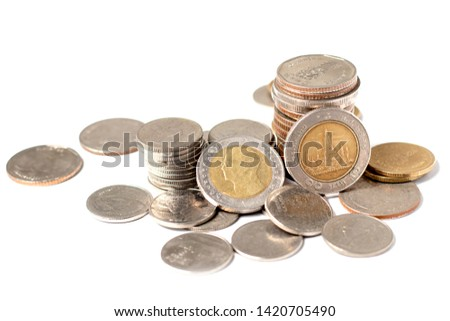 Coins of Thailand that are stacked together and stacked in order to know that the coin is a coin. Price 10 baht #1420705490