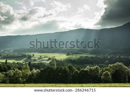 Col de montagne ombragé Photo stock ©