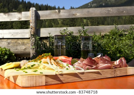 Cold cut in the authentic environment of an austrian inn.