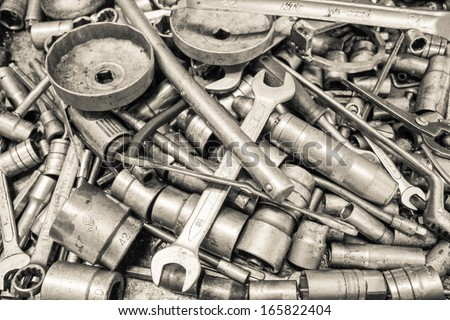collection spanner and wrench repair tool spare parts used in car auto service station