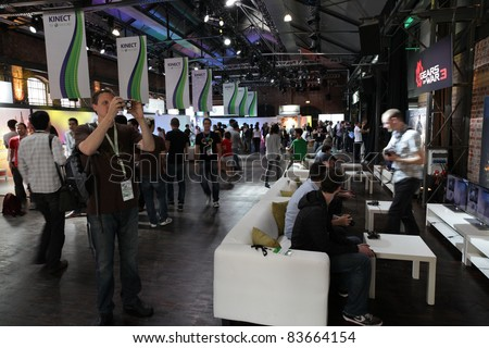 COLOGNE - AUGUST 16: Press gathering at xbox play day at GamesCom 2011, the most important European video games Expo August 16, 2011 in Cologne, DE
