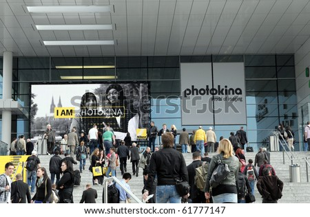 COLOGNE - SEPTEMBER 21:Visitors at  Photokina - World of Imaging, Top Event for the Trade and User, September 21, 2010 in Cologne, Germany.