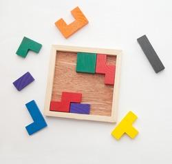 Color puzzle board