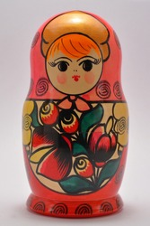 colored matryoshka dolls of different sizes