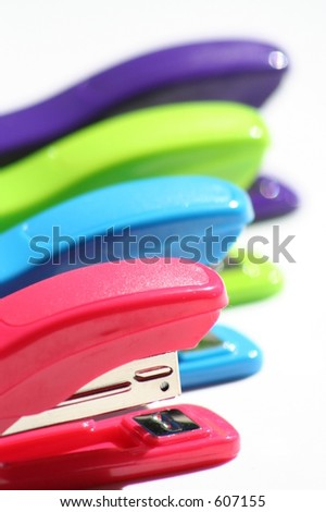 colored plastic staplers