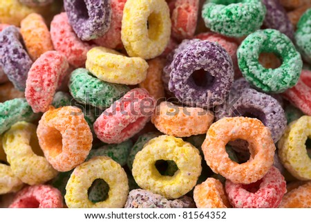 Colorful cereal loops with different fruit flavor (Selective Focus, Focus on different rings)
