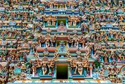 Colorful Hindu temple, Meenakshi Temple, Madurai, Tamil Nadu, India
