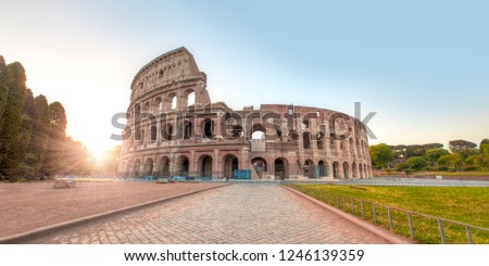 Colosseum in Rome. Colosseum is the most landmark in Rome at sunrise - Rome, Italy Stockfoto ©