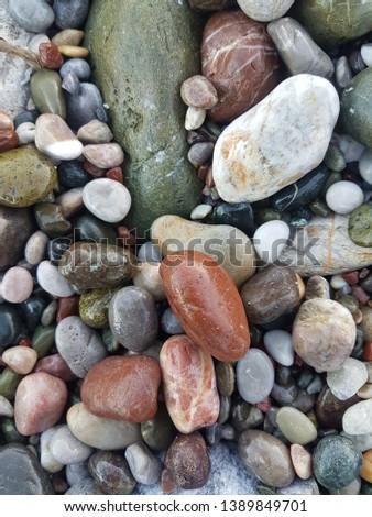 coloured pebbles, wet pebbles, natural