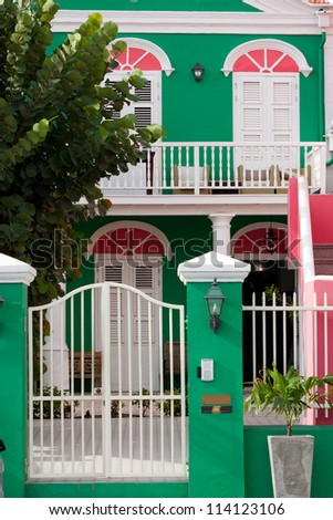 Colourful Caribbean house in Willemstad