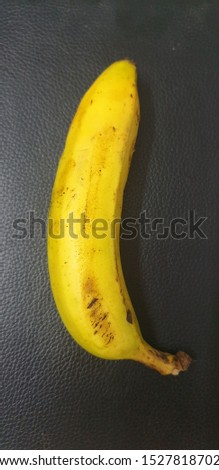 colourful tasty tasty banana pic