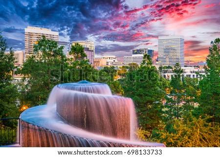 Columbia, South Carolina, USA #698133733