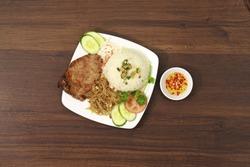 Com tam Vietnam, Broken Rice is traditional Vietnamese. Rice with pickles steak grilled pork, fried egg omelet, shredded pork skin, cucumber, onion oil.