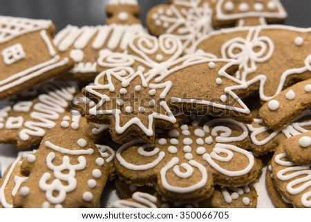 Comet gingerbread with icing #350066705