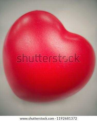 Compact Hand Exerciser Finger Training Powerball Red Heart Shape  #1192681372