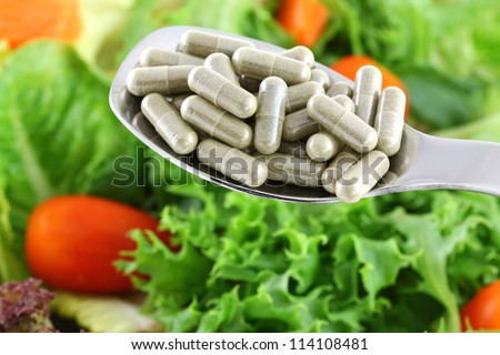 Concentrated Fiber Capsules OR Fresh Salad, to support Digestive system