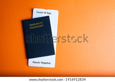 Concept of an immunity passport and negative test of Covid-19. Vaccination document for travel Foto d'archivio ©