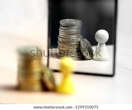 Conceptuel picture of a rich person looking into the mirror Stockfoto ©