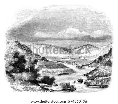 confluence of valleys of glen...