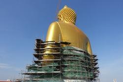 construction of big Buddha statue in Wat Paknam Bhasichroen