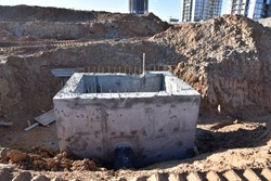 Construction of concrete stormwater pits, sanitary sewer system distribution chamber and pump station. Construction the sewerage valve pit, manhole and pipes line. Sewage treatment works