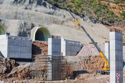Construction of the bridge by the prestressed concrete method