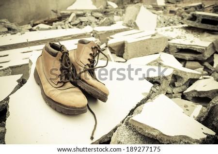 Construction shoes , safety shoes , Vintage Shoe Construction , Brown construction boots